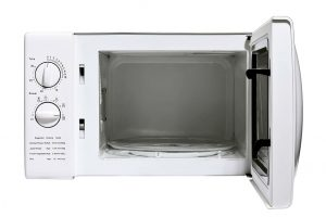 Easy Way to Clean A Microwave